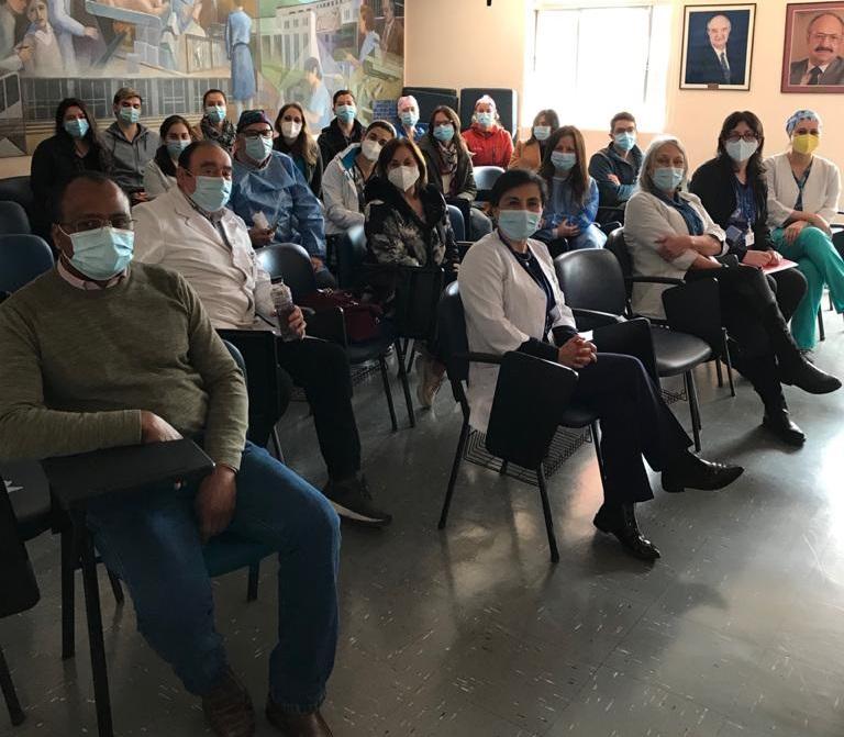Dirección Del Cesfam Victor Manuel Fernández Se Reúne Con Equipos Médicos Para Priorizar Atención Dental, Crónicos Y Salud Mental